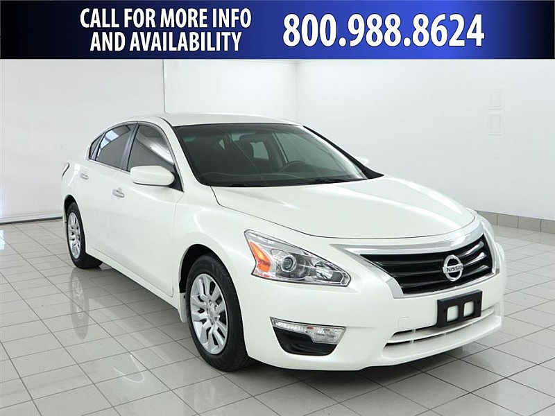 Pre-Owned 2015 Nissan Altima 4d Sedan S 2.5L